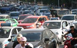 Giá xăng dầu biến động: Cước vận tải không đáng ngại bằng phí cầu đường