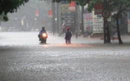 Nghệ An: Mưa trắng trời, nhiều trường cho học sinh nghỉ học