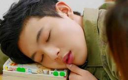 Vì sao ăn no lại thấy buồn ngủ?