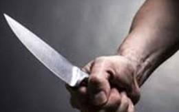 """Bị """"đụng chạm"""" cơ thể và đe doạ, nam thanh niên cướp dao sát hại đối phương"""