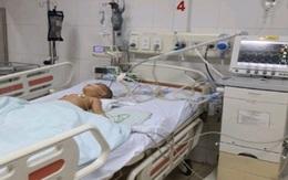 Cứu sống bé 17 tháng tuổi bị hóc hạt hướng dương