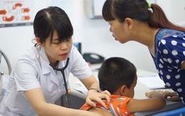 Trẻ viêm mũi, nghẹt mũi: Mẹ cần làm gì để không vô tình lạm dụng kháng sinh?