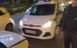 Tài xế taxi G7 tắt điện thoại, lặn mất tăm sau khi gây tai nạn