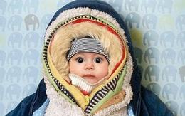 Giữ ấm cho con ngày lạnh kiểu này, cha mẹ tưởng đúng nhưng có thể hại con, thậm chí nguy hiểm tính mạng