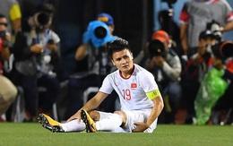 """Nhân chuyện cầu thủ Quang Hải """"ngã xuống"""" do chấn thương, nói về chuyện không nên làm việc quá sức"""