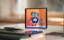 Những smartphone màn hình gập đầu tiên ra mắt thị trường