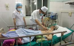 Cò bệnh viện ngang nhiên mời người nhà bệnh nhân mua can thảo dược trị ngộ độc thuốc diệt cỏ giá 5 triệu đồng