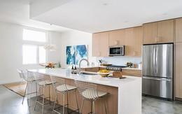Nếu bạn thích phòng bếp đẹp như bước ra từ truyện cổ tích: Hãy thử kết hợp chất liệu gỗ với tone màu trắng