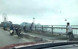 Để lại xe máy trên cầu Bãi Cháy, người đàn ông nhảy xuống biển tự tử