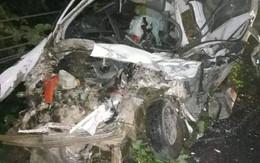 Hòa  Bình: Xe con va chạm với xe khách, 2 người tử vong