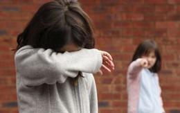 Trẻ bắt nạt và bị bắt nạt - thấy gì từ giáo dục gia đình? (3): Hãy tự cứu con bằng cách này