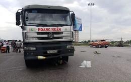 Nghệ An: Hai mẹ con tử vong dưới bánh xe tải