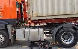 Hải Phòng: Thương tâm người và xe đạp nằm gọn dưới gầm xe container