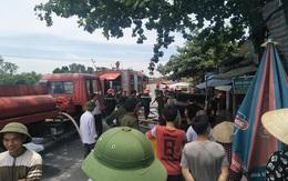 Hà Nam: Phá cửa cứu ngôi nhà cháy ngùn ngụt nghi do chập điện