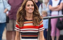 Nàng công sở cần nhìn ngay set đồ mới nhất của công nương Kate để tránh bị chê xấu tơi tả khi diện quần ống rộng