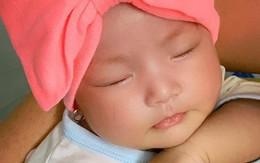 Lê Phương khoe con gái 2 tháng tuổi