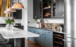 Kiểu trang trí nhà bếp khiến nơi đây biến thành một không gian lộng lẫy, lấp lánh, sáng bừng mọi khoảng khắc của người Nga
