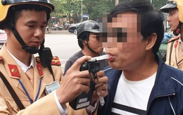 Hà Nội: Người đầu tiên vi phạm nồng độ cồn bị phạt 7 triệu đồng, tước GPLX gần 2 năm