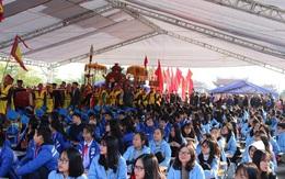 Giữa dịch corona virus, học sinh Hải Phòng đeo khẩu trang dự lễ khai bút đầu Xuân