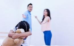 Con gái khuyên mẹ ly hôn và cuộc sống làm mẹ đơn thân hạnh phúc đến bất ngờ