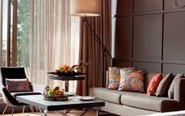 Khuyên bạn không nên ngồi trên ghế sofa phòng khách sạn, biết được lý do bạn sẽ phải rùng mình
