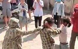 Mâu thuẫn cá nhân, nữ sinh lớp 9 Quảng Ninh bị đánh hội đồng trước cổng trường sau buổi học