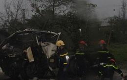 Xe đầu kéo tông xe tải chờ đèn đỏ ở Quảng Nam, 1 người chết