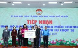 Tổng công ty Điện lực miền Bắc trao tiền ủng hộ đồng bào miền Trung tại Ủy ban MTTQ Việt Nam Thành phố Hà Nội