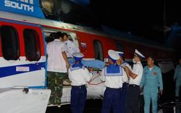 Trực thăng đưa gấp bệnh nhân từ Trường Sa về đất liền cấp cứu