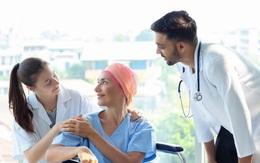 Chăm sóc bệnh nhân ung thư - nỗi lo về tài chính với tất cả các gia đình