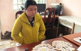 Lừa đổi vé số giả trúng thưởng cho người bán vé số dạo