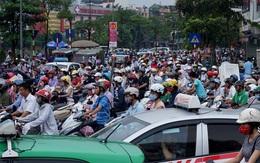 """Cuối năm, Hà Nội """"lo"""" ùn tắc giao thông"""