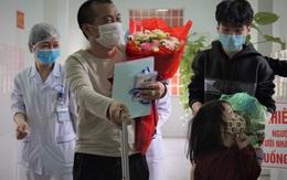 Sự vui mừng, phấn khởi của những người được xuất viện vì âm tính với nCoV