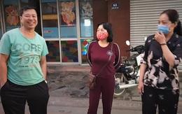Hải Phòng: Dân trong vùng kiểm soát COVID-19 mừng như có tiệc khi biết hàng xóm âm tính
