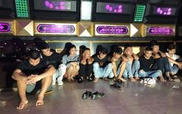 Quảng Bình: Bắt quả tang 10 đối tượng tổ chức sinh nhật bằng ma túy tại quán karaoke