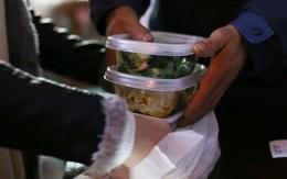 Gọi đồ ăn về nhà mùa dịch, ai cũng cần biết những nguyên tắc sau để COVID-19 không 'ghé thăm' nhà bạn