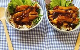 Cơm gà sốt mơ chua ngọt và 7 công thức chế biến thịt gà hàng ngày