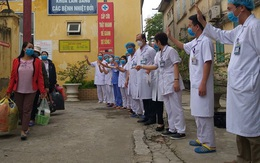 176 ca COVID-19 ở Việt Nam được chữa khỏi, bệnh nhân vẫn cần theo dõi, xét nghiệm lại