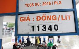 """Giá dầu thế giới xuống âm, giá xăng dầu Việt Nam dự báo tiếp tục """"chạm đáy"""" vì COVID-19"""