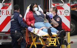 Người Mỹ trải qua ngày đau thương khủng khiếp nhất từ khi bùng phát COVID-19