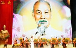 Tưng bừng Lễ kỷ niệm 130 năm Ngày sinh Chủ tịch Hồ Chí Minh