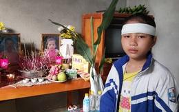 Bố bỏ đi, cùng lúc mất mẹ và em, bé gái 12 tuổi sống lủi thủi một mình trong căn nhà nhỏ