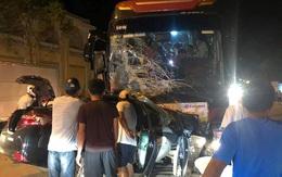 Ô tô 4 chỗ đấu đầu với xe khách, tài xế tử vong tại chỗ