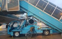 Trách nhiệm bồi thường, xử lý thế nào vụ nữ hành khách tử vong do ngã xe thang máy bay
