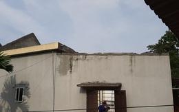 Đau xót phút giây bà cụ 80 tuổi chứng kiến con gái và cháu trai bị đè dưới bức tường xi măng đổ sập
