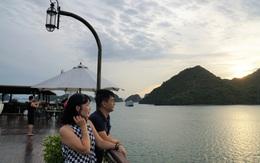 Cơn sốt trải nghiệm bằng du thuyền trên vịnh Lan Hạ và vịnh Hạ Long