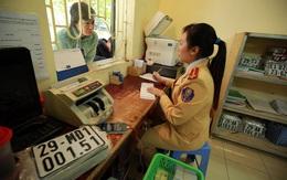 Vì sao bán xe qua tỉnh, thành khác phải nộp lại giấy đăng ký và biển số?
