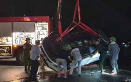 Tai nạn thương tâm: Xe ô tô lao xuống biển, nhiều người nguy kịch