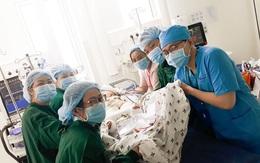 Thông tin mới nhất về sức khỏe của cặp song Nhi khiến mẹ 2 bé vui như vỡ òa