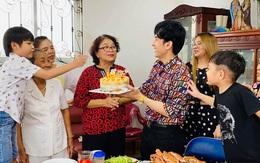 Đan Trường hạnh phúc tổ chức sinh nhật mừng tuổi mẹ